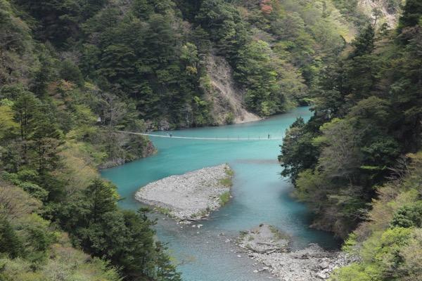 夢の吊り橋こと寸又峡へ H29 4月中旬 日曜午前の様子 9