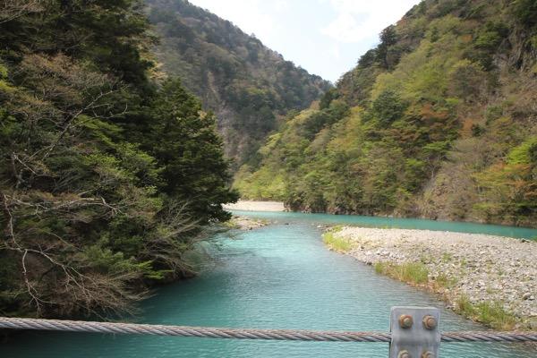 夢の吊り橋こと寸又峡へ H29 4月中旬 日曜午前の様子 5